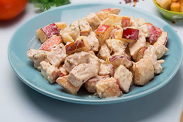 Chicken waldorf salad with croutons