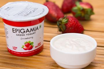 Epigamia greek yogurt %28strawborry%29 360x240