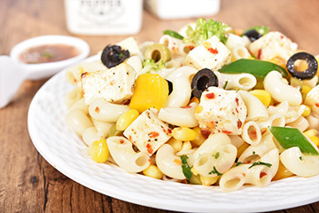 Cottage cheese and macaroni with burnt garlic vinaigrette dressing %28a%29